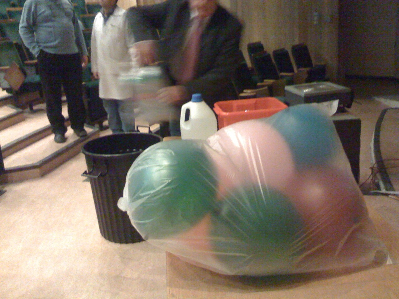 Much to my surprise, they filled balloons with sulfur hexafluoride for the SF6 Reverse Helium demo.