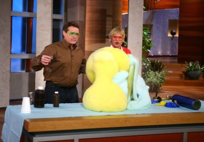 Steve Spangler demonstrates Elephant's Toothpaste on the Ellen DeGeneres Show