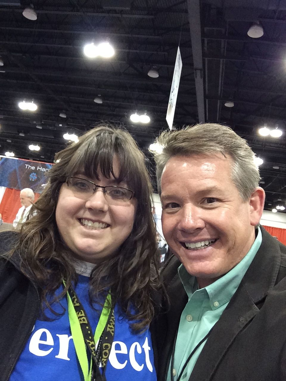 Share your #ScienceSelfie with us on Twitter. @SteveSpangler