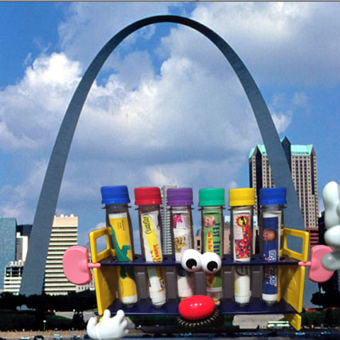 6 Test Tube Experiments in a Rack visits the St. Louis Arch - Steve Spangler Science Selfies