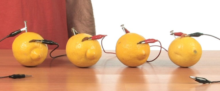 how to make a fruit battery