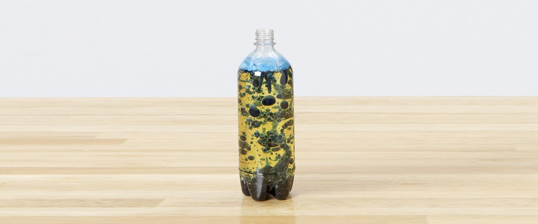 bubbling-lava-bottle-5