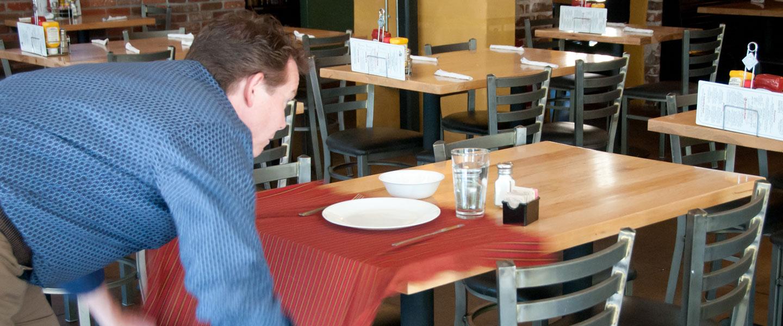 tablecloth-trick-05
