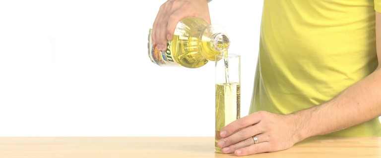 Oil and Water | Experiments | Steve Spangler Science