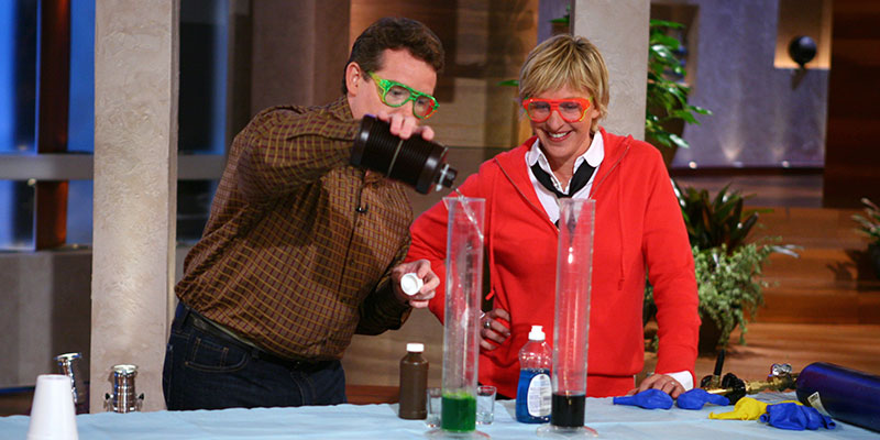 Steve Spangler performing science experiments on The Ellen DeGeneres Show