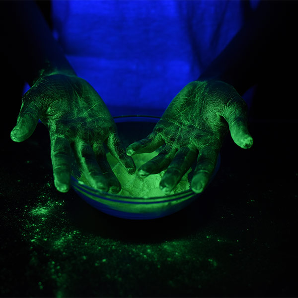 Glow Powder with Mini Black Light